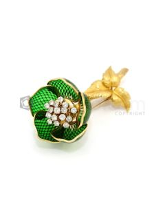 French, 18kt Yellow Gold, Diamond and Green Enamel Flower Brooch - 30.70 grams - EST1114