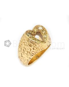 18kt Yellow Gold and Fancy Diamond Lady's Heart Shape Ring - 9.67 grams - EST1011