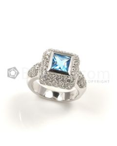 Square Shape Blue Blue Topaz, Diamond Ring in 18kt White Gold - 9.8 grams - EST1248