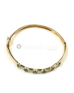 Round, Princess Shape White, Green Diamond, Emerald Bracelet in 14kt Yellow Gold - 12.1 grams - EST1331