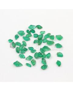 4.50 x 2.50 mm to 8 x 5 mm - Medium Green Emerald Carving - 44 pieces - 11.60 carats (EmCar1048)
